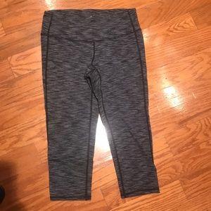 Athleta cropped leggings